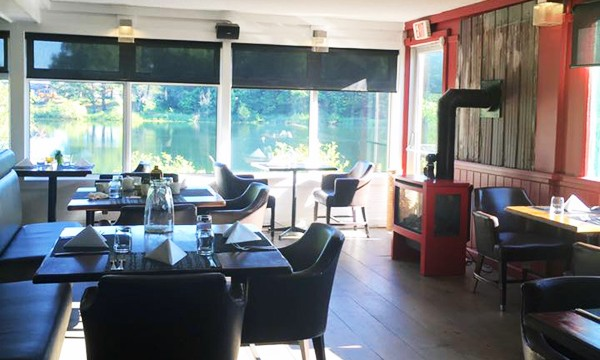 Dining room overlooking lake