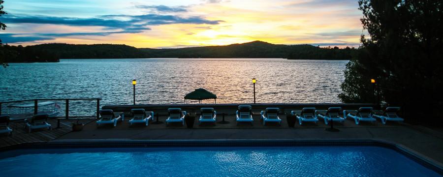 Sunset at Sir Sams Inn